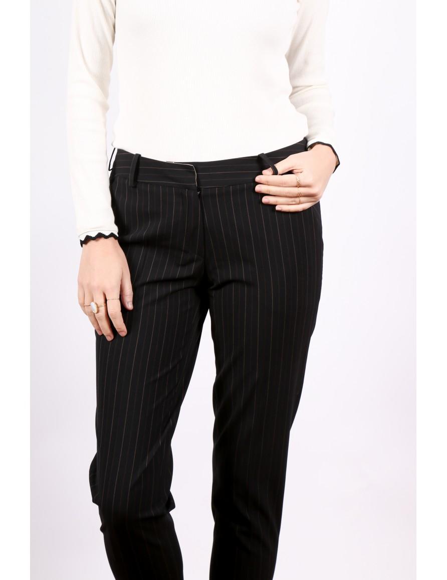 Le pantalon Le Parfait à rayures