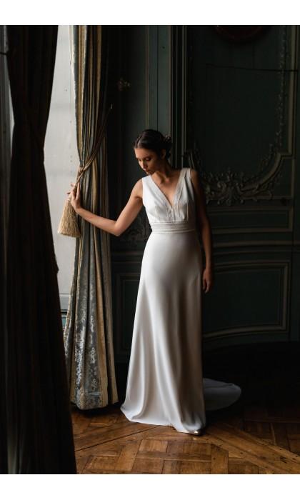 The wedding dress Olympe